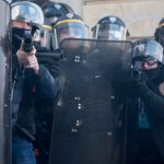 Quando lo stato spara sulla folla - Dossier sulle armi non letali